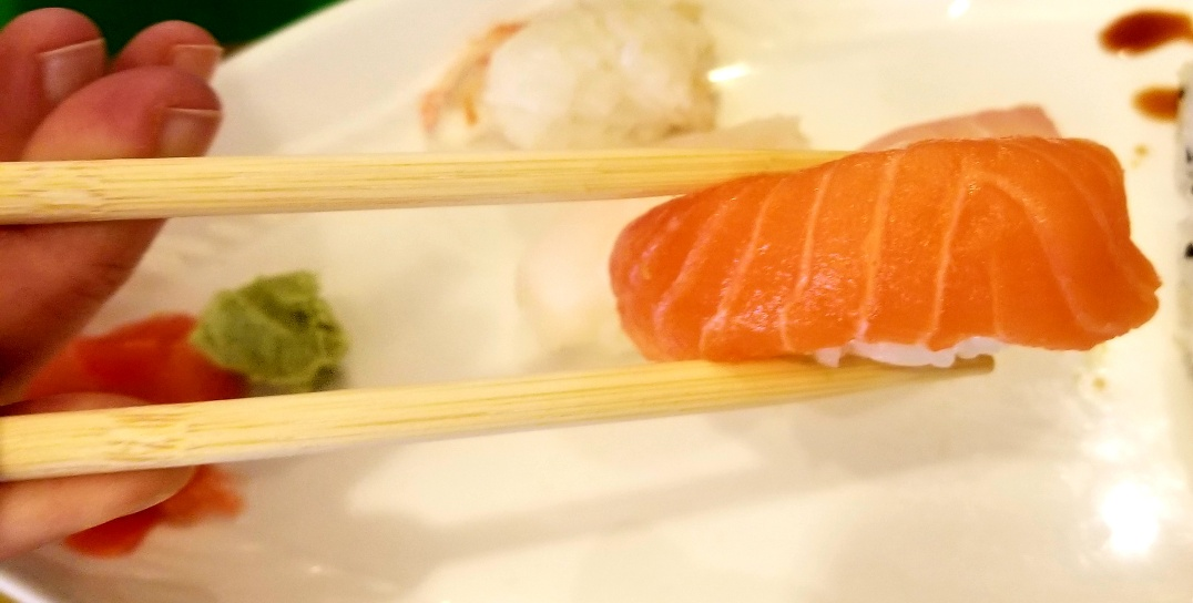 HR Sushi Bar (HR寿司バー)